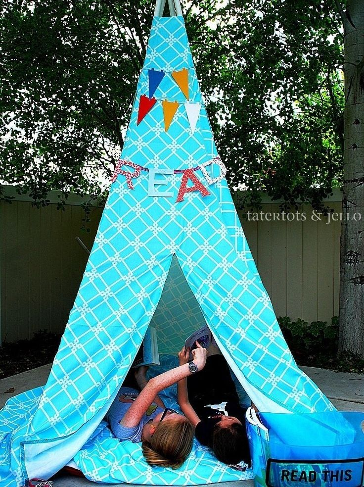 Make a Reading Tent. How to build a play teepee.