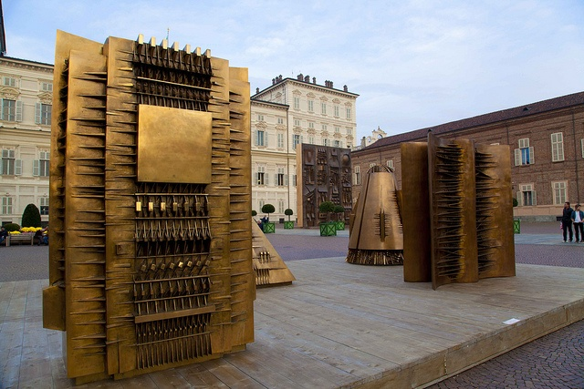 18 best arnaldo pomodoro images on pinterest sculpture for Opere di arnaldo pomodoro