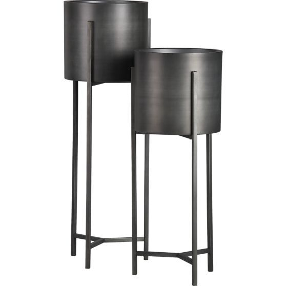 dundee floor planter with short stand crate and barrel dundee crates and barrels. Black Bedroom Furniture Sets. Home Design Ideas