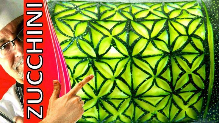 ♛ Lesson 71 - Zucchini Carving, Escultura em Abobrinha, Food garnish, กา...