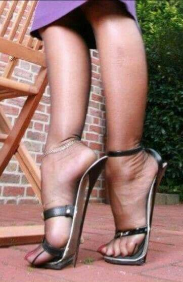 Sexy Women Fucking High Heels