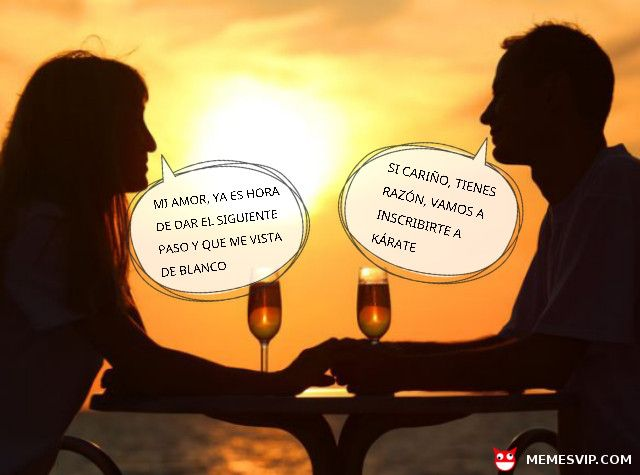 Meme Boda Novios #meme #momo #memes #chiste #chistes #humor #fun #funny #español #laugh #risa #divertido #españa #argentina #colombia #mexico #novios #casados #casarse #karate