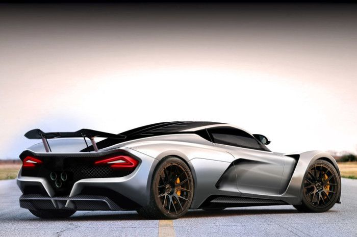 Hennessey Venom F5 Delivers 1,400 HP Attempts To Beat Bugatti Veyron's Top Speed Record