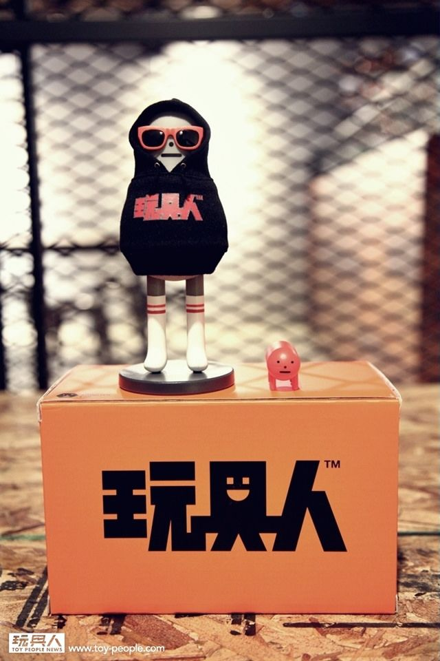 【販售資訊公佈】玩具人 × Sticky Monster Lab【玩具人三周年慶生公仔】跨年快樂喔!!   玩具人Toy People News