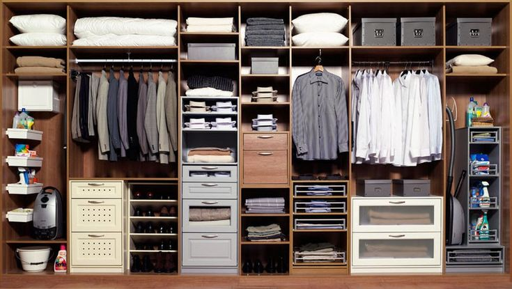 Как разместить в шкафу все необходимые предметы гардероба и украшения, чтобы