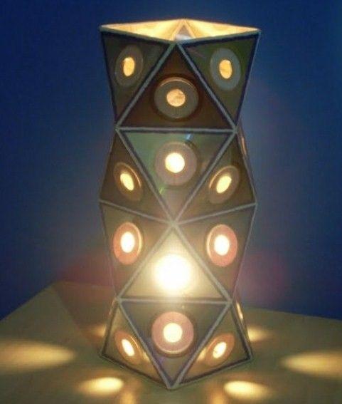 El mundo del reciclaje cd lamps lamparas pinterest - Manualidades con lamparas ...