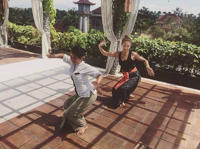 Explore your inner artistic talent by learning the ancient culture and tradition. |  by one of our in-house dance instructors @nsulistyani_ . Balinese Dance class is available every Monday from 4 to 5 PM led by our team and it's free for all staying guests to join. Enjoy. . . . ........ #bismaeight #luxuryhotel #boutiquehotel #ubud #bali #besthotel #bestresort #ubudhotel #balihotel #ubudtrip #balitrip #travelpics #traveling #wanderlust #travellers #luxtravel #worldtraveller #travelbloggers…