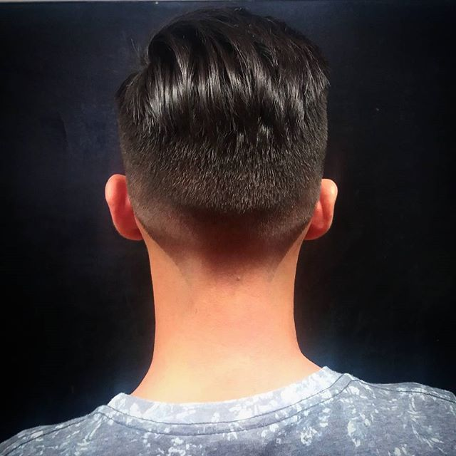 Corte por @madison_malena #bobstdo #bobheadmalena #barbershop #barber #barbergang #barbergame #fade #fadehaircut #haircut #Men #hairstyle #lastarria #scl #barbería