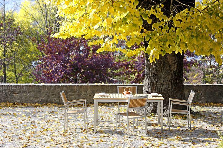 Arancio Outdoor Collection... Coral collection... Living in a dream...#gardenlovers #gardenlove #archilovers #jardinagem #ogrod #gardenforniture #gardenfurniture #tuin #hage #mygarden #homeandgarden #love