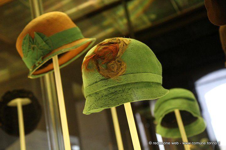 Chapeau, Madame! Cappelli di signore torinesi 1920-1970 a @Palazzo Madama  #Torino