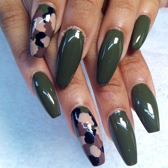 ARMY green nail art idea on coffin shaped nails - Best 25+ Camo Nails Ideas On Pinterest Pink Camo Nails, Camo
