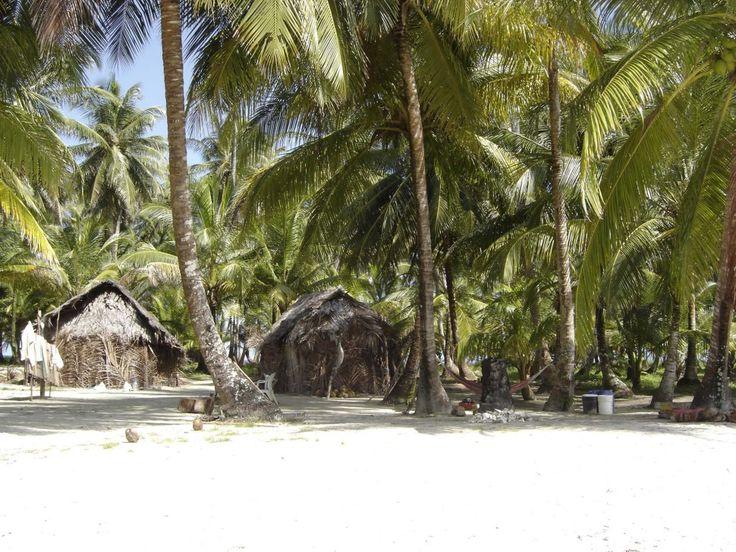 Nog vóórdat Selinde expert Latijns-Amerika werd bij Thika Travel, trok ze op eigen houtje in Panama rond. Een rit in een gammele jeep, een paar modderstromen en een wiebelende kanotocht rijker kwam ze eindelijk aan bij de Kuna-indianen in San Blas. Een waanzinnige ervaring, maar ook flinke spierpijn van de lange tocht. Een onvergetelijke belevenis  –  en die deelt ze graag met u!