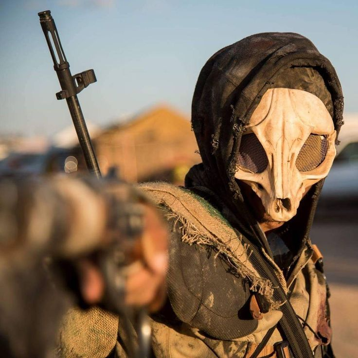 """""""""""How we survive is what makes us who we are"""" #WastelandWeekend #wwHotelRoyale Another great shot with @doomcrewairsoft manning my camera!"""""""