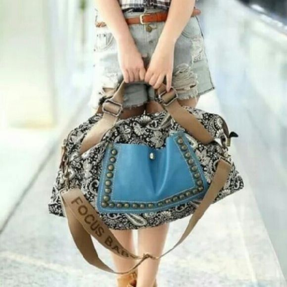 Women's Hobo Shoulder Bag New without tags Bags Hobos