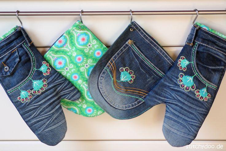 stitchydoo: Mount Denim ade!   Handbestickte Küchenhelferlein aus Jeans - Jeans-Recycling Ofenhandschuhe und Topflappen