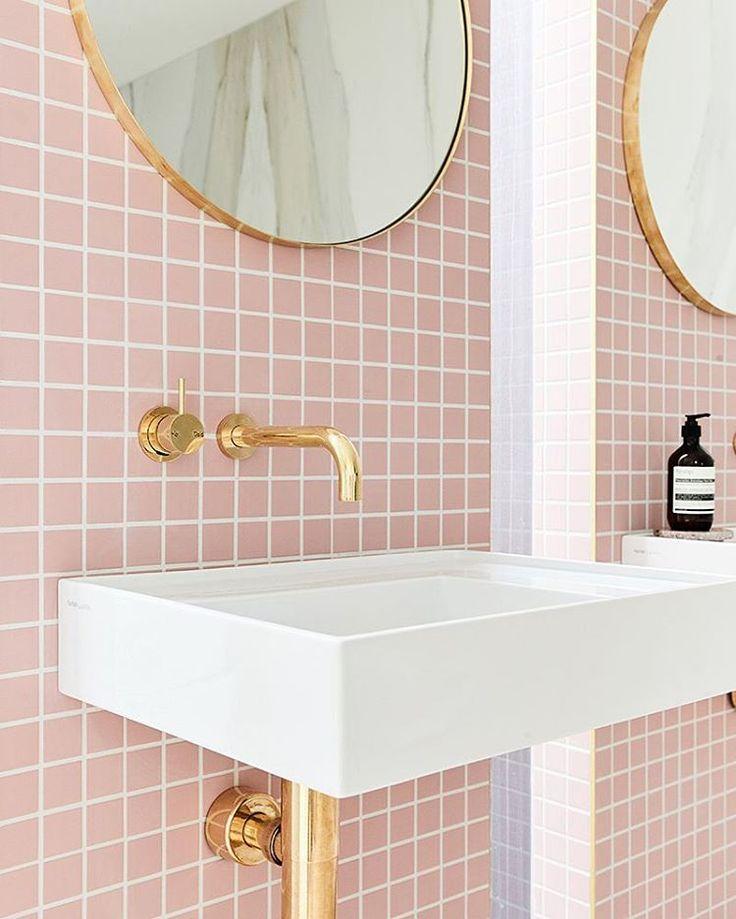 Rosa Fliesen pink tiles