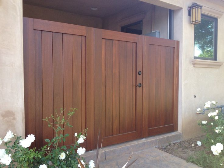 Mangaris Wood Fence And Gates W Concealed Metal Framework