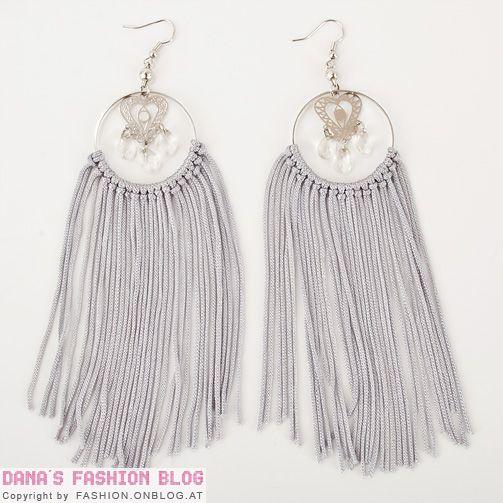7. #Fringe Hoop Earrings - 11 #Fabulous DIY Hoop Earrings to Make ... → DIY #Stitch