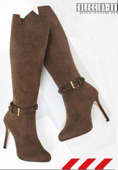 Botas Cklass para Mujer de Caña Alta. Botas de tacon aguja, botas de moda, botas con hebilla, botas de vestir.