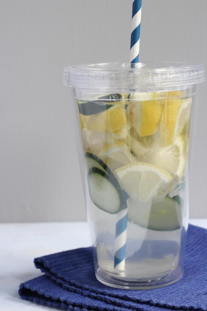 Heerlijk verfrissend: water met fruit - Lekker en Simpel