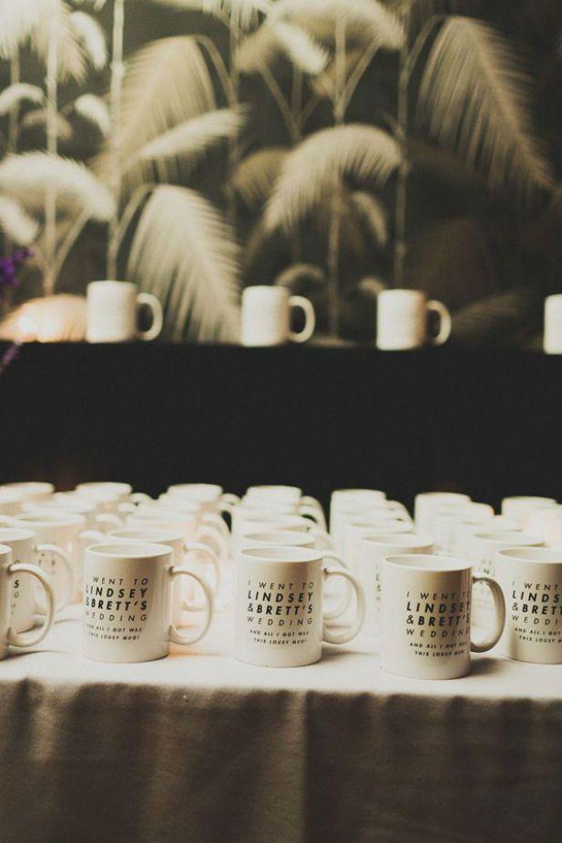 10 Cool Wedding Favor Ideas: Mugs