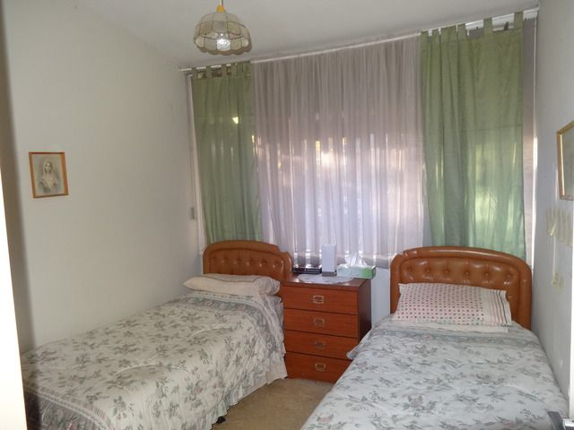 Bedroom 2 - go on you old romantics... twin beds just in case the decor spice up the mood.