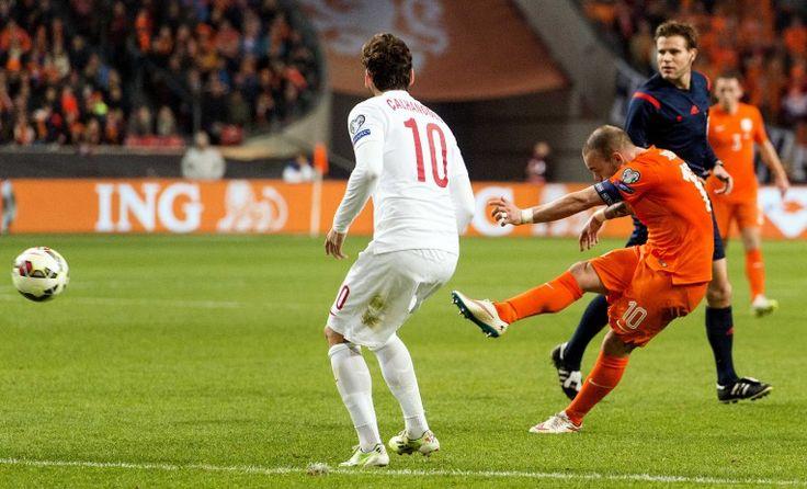 Olanda-Turcia 1-1. Olandezii sunt mai aproape de baraj decat de calificare. http://frumuseteafotbalului.com/international/olanda-turcia-1-1-olandezii-sunt-mai-aproape-de-baraj-decat-de-calificare/