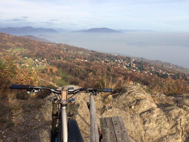 Fin sul Sass dal Pizz per vedere il lago di nebbia ( #Nebbiuno #Novara #Piedmont #Italy )