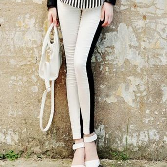 Designer 'Mono' stretch leggings from VICTORS CROWN ONLINE. A must for this Summer!