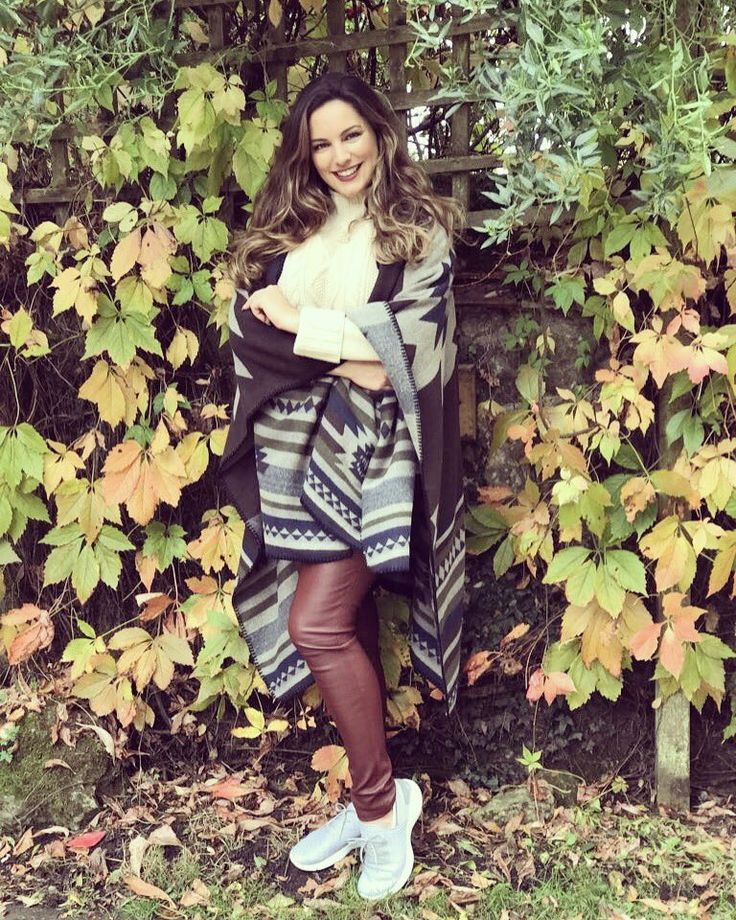 Autumn leaves lookin' even better this year with Kelly Brook.