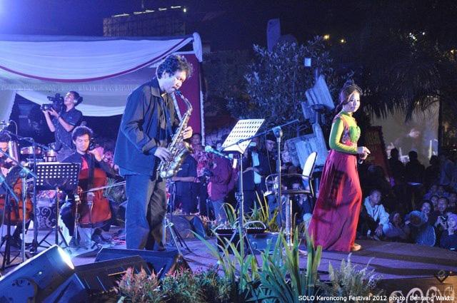 Solo Keroncong Festival 2012