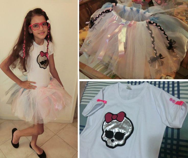 Fantasia 'Monster High' feita com tutu de bailarina e camiseta com aplicação em feltro.