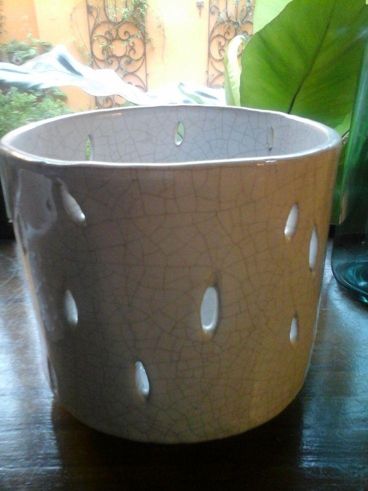 Fanal de cerámica. Esmalte craquelado.