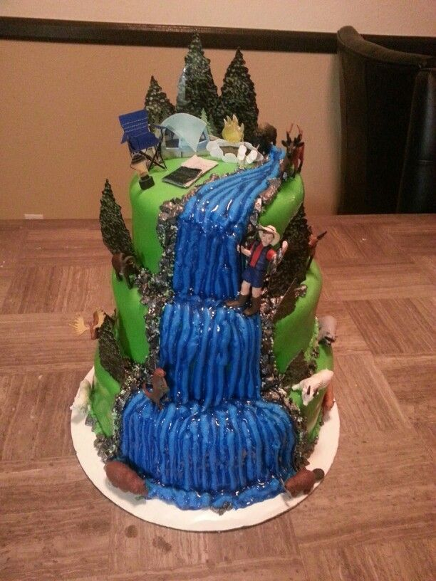 Joe 39 s fishing camping birthday cake surprisingly didn for Camping and fishing near me