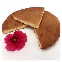 Un petit dessert découvert grâce au carnet de Julie Une galette traditionnelle que je mange depuis toute petite lorsque je vais la bas... INGREDIENTS: -300g de farine -220g de sucre -1 pincée de...