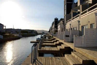 Thesen Island, Knysna, this triple story 3 bedroom, 3 bathroom South facing luxury unit has it all, space, a lift, quality finishings and fittings, great views, mooring, two lounges and the right address, in the heart of The Drymill, Thesen Island. Furniture can be purchased for an additional R150 000.