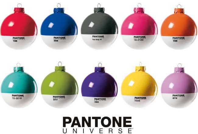 Boules de Noël Pantone par Seletti