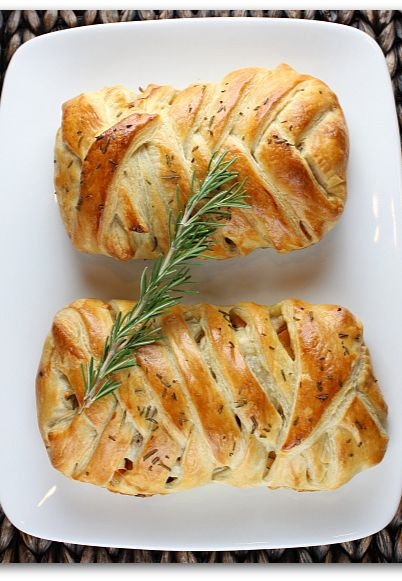 Leftover Turkey Recipe: Puff Pastry Strudel filled with Turkey, Cranberry and Butternut Squash