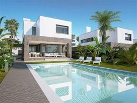 Image No.0 - 4 Bed Villa for sale