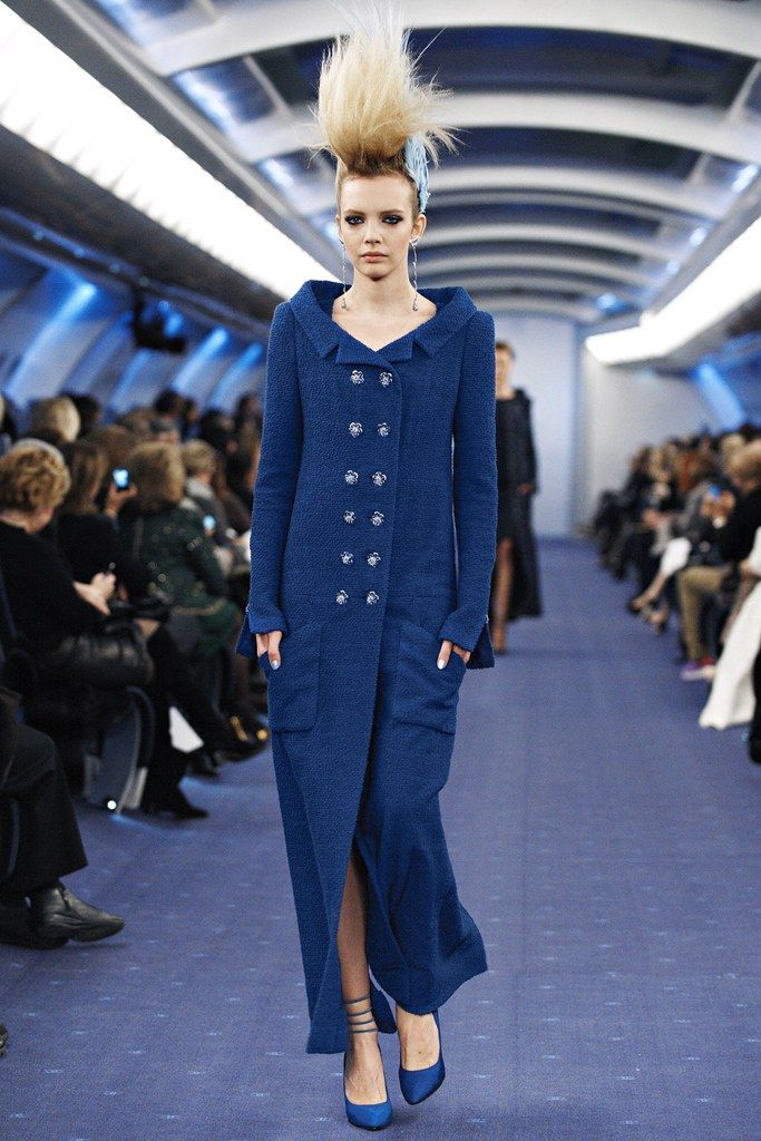 Chanel Spring 2012 Couture Fashion Show - Sophie Srej