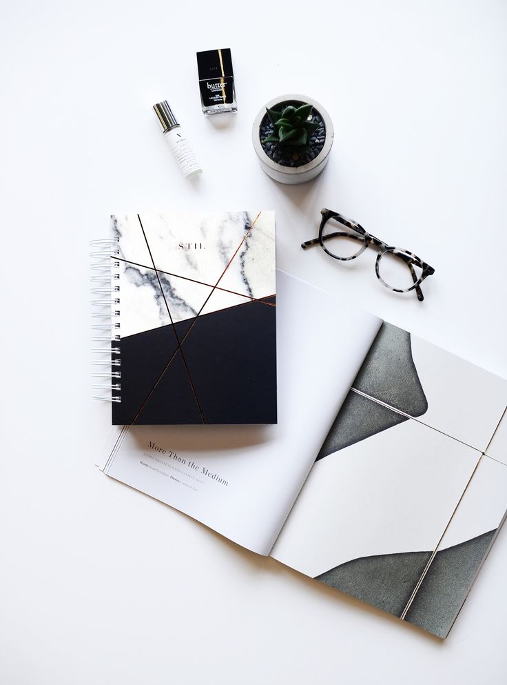 This planner is perfect for you if you're looking to customize you planning experience and not feeling guilty when you miss a few days.