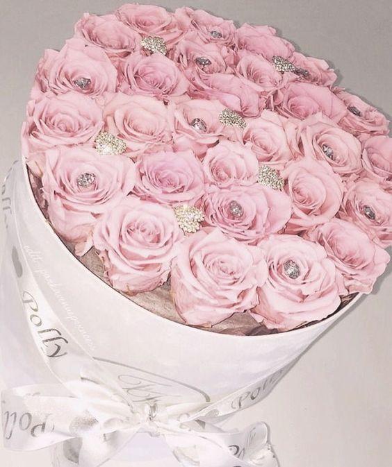 1506 besten roses magnifique bilder auf pinterest sch ne blumen blumenk sten und blumenstr u e. Black Bedroom Furniture Sets. Home Design Ideas