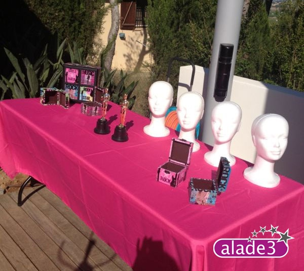 Todo lo necesario para convetir a las invitadas a la fiesta es verdaderas estrellas.    animación infantil con www.alade3.es