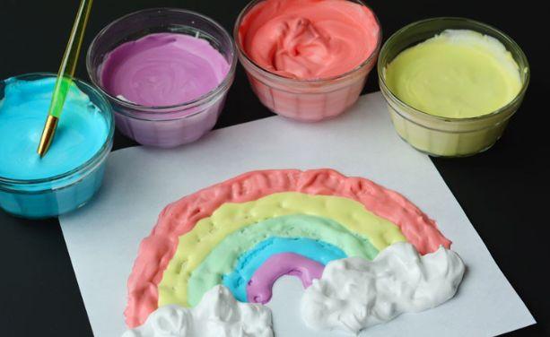 Pofuduk boyayı yapabilmek için sadece 3 malzemeye ihtiyacınız var.