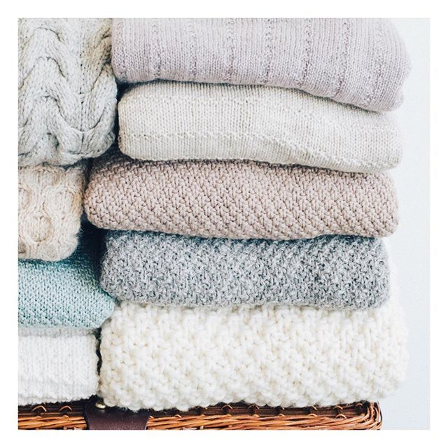 The results are in and we have our three winners for the #textureturns1 giveaway! Grand prize winner of a $50 Quince & Co gift certificate is @crystalberry84 with a smashing West End cardigan! And @marie.grace_ and @lafertitta you both won a $25 GC for the Art Walk cardi and Morning Jacket respectively.  Congratulations! Winners please DM is with your email addresses. Thanks so much to everyone who entered a project - it was wonderful to see them and especially wonderful to read how much wear youve been getting out of them. Knit on!  #wewearknitbot #quinceandco. . . . . http://ift.tt/2EChqPM