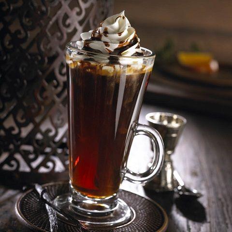Kahlualı kahve