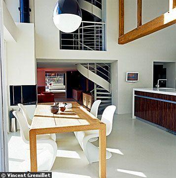 100 best images about un escalier h lico dal en for Salle a manger futuriste