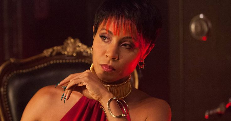 Meet Fish Mooney in New 'Gotham' Trailer -- Ben McKenzie's James Gordon gets dragged into a meeting with the nefarious gangster Fish Mooney in new footage from Fox's 'Gotham'. -- http://www.movieweb.com/news/meet-fish-mooney-in-new-gotham-trailer