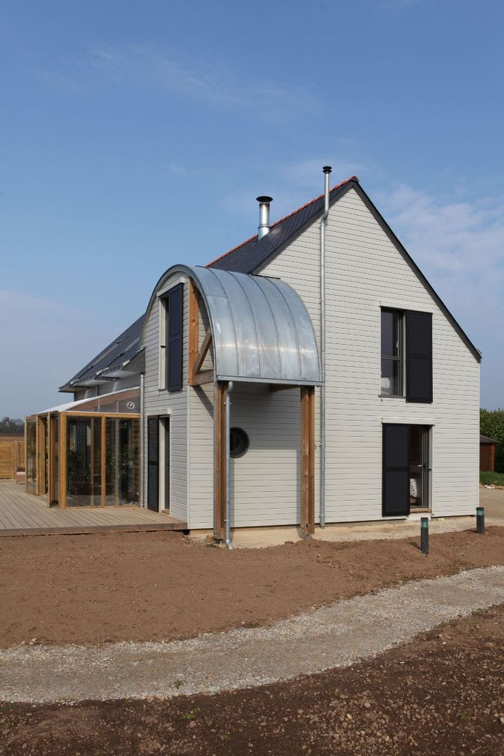 An organic bioclimatic house in brittany