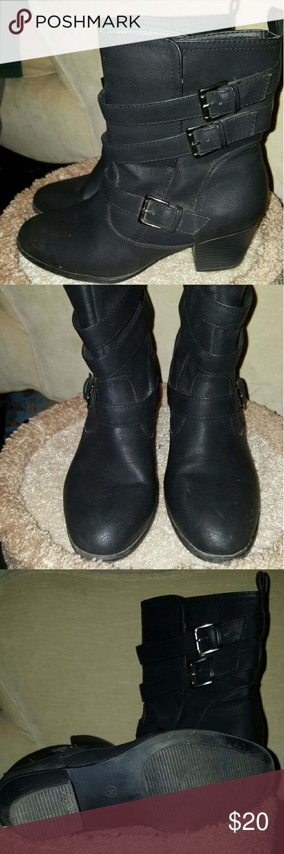 Rue 21 Boots L8/9 Rue 21 Boots size L8/9 only worn a few times. Rue 21 Shoes Ankle Boots & Booties